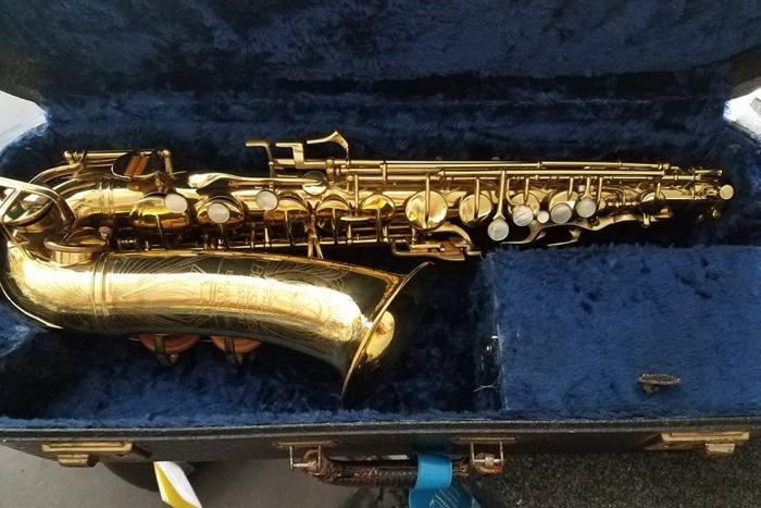 Varno Musical Instrument Repair - Beuscher Aristocrat Saxophone